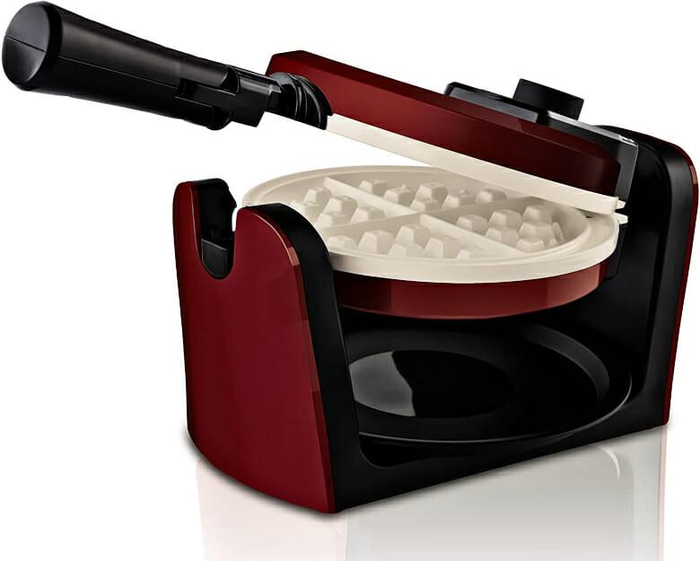 Oster-Titanium-Infused-Flip-Dura-Ceramic-Waffle-iron