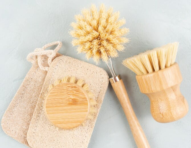 sustainable-dish-soap-accessories
